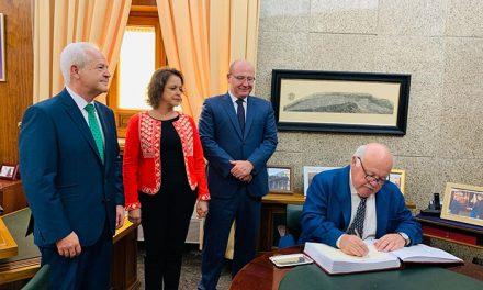 El alcalde anuncia los primeros pasos para la construcción de la Ciudad Sanitaria