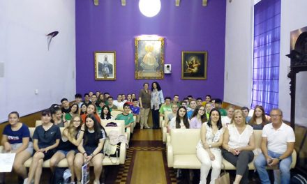 El Ayuntamiento recibe a alumnos alemanes de intercambio escolar en el colegio Pedro Poveda