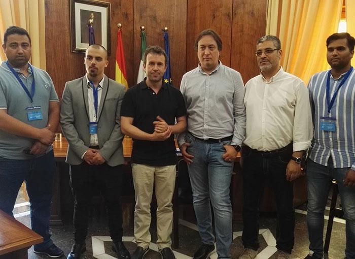 El Ayuntamiento informa de la creación de una comisión con «voz y voto permanente» por parte de los comerciantes