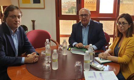 El Gobierno local solicita colaboración a la Junta para la declaración de Patrimonio de la Humanidad de la Catedral y los Abrigos Rupestres del Arco Mediterráneo