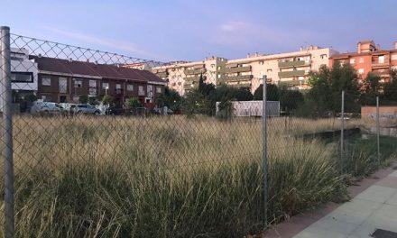El Ayuntamiento cede una parcela de 2.300 metros cuadrados en el Bulevar a la Junta para la construcción de una sede del Servicio de Empleo
