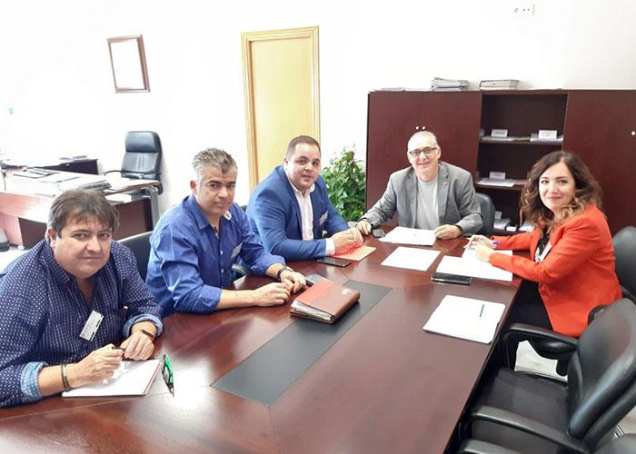 Alcalde y subdelegada plantean a la CHG el uso turístico y recreativo del pantano del Víboras