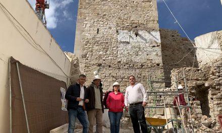 Las obras de recuperación de la Torre Almedina, financiadas con fondos europeos y del Ayuntamiento, avanzan a buen ritmo