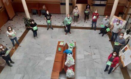 El Ayuntamiento recibe más de 2.000 mascarillas de la Plataforma Solidaria «Jaén Covid-19» para su distribución a distintos colectivos de la ciudad