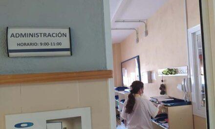 Limpieza en los colegios antes de la apertura del proceso de matriculación