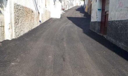 El Ayuntamiento de Jaén realiza labores de asfaltado en la calle Antonio Díaz