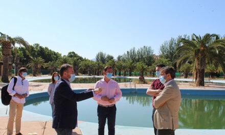 El Ayuntamiento de Jaén invierte cerca de 40.000 euros en la adecuación y mantenimiento de la piscina de Las Fuentezuelas