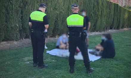 La Policía Local de Jaén ha interpuesto 44 denuncias por no usar mascarilla el fin de semana