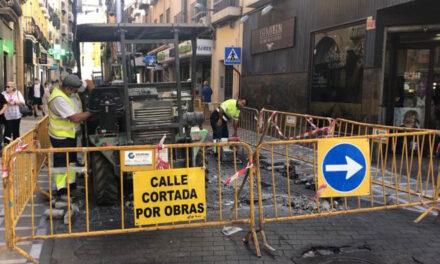 El Ayuntamiento de Jaén facilita el acceso al mercado de San Francisco por la calle Bernardas para los conductores que procedan de la zona norte de la ciudad