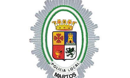 Denunciado un conductor que se había dado a la fuga tras chocar y dañar mobiliario urbano en Martos
