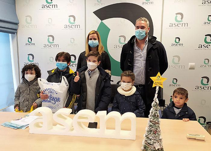 Entregados los regalos a los niños ganadores de las Cartas a los Reyes Magos