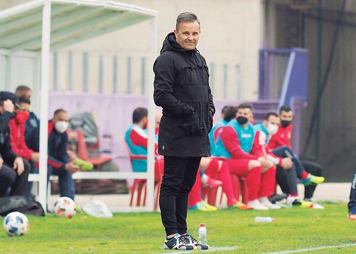 Juan Arsenal cambia el rumbo deportivo del Real Jaén