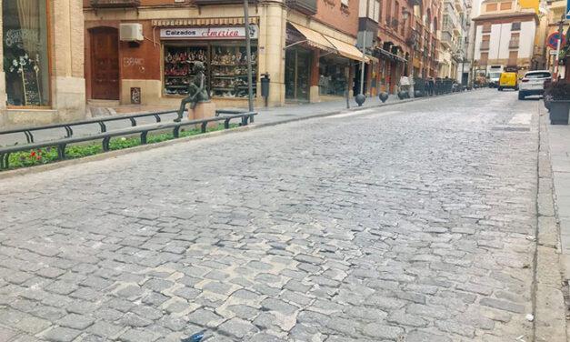 El Ayuntamiento de Jaén ejecutará en verano un nuevo proyecto de pavimentación por valor de 750.000 euros para treinta calles de la ciudad