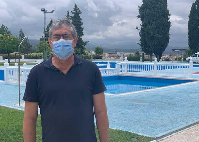 Servicios Públicos ultima la puesta a punto de la piscina Bellavista ante el inicio de temporada